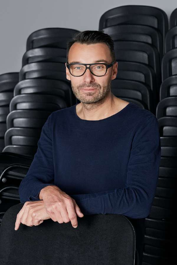 Thomas Geisler / Design curator and cultural producer, Director of Kunsgewerbemuseum Dresden; Curator of BIO 26 Common Knowledge / Portrait by Klemen Ilovar (2019)